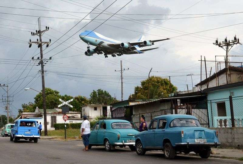 Foto icónica de Obama llegando a La Habana, tomada por Yander Zamora, para REUTERS