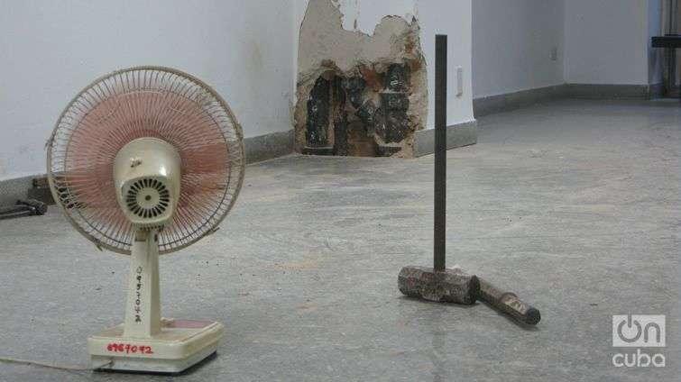 6 Varias reparaciones rompen la cotidaneidad de Galería L (Yoe Suárez)