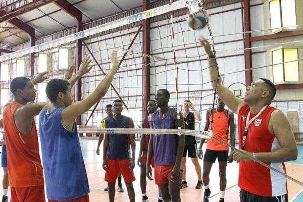 Nicolás Vives ha sido promovido a director del equipo nacional de volleyball. Foto: Trabajadores