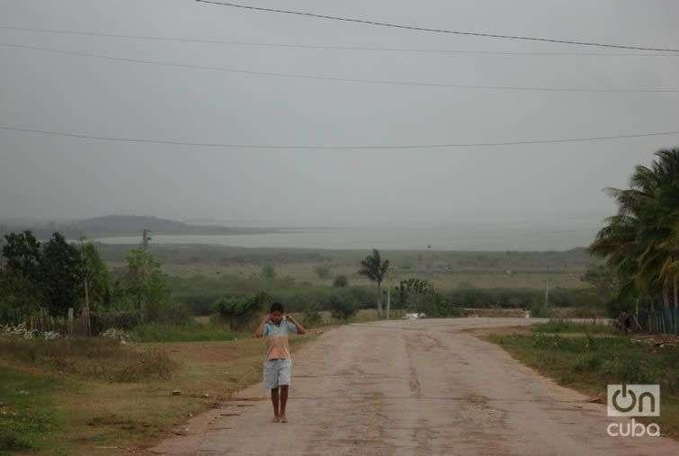 Paisaje de Amaro. La presa Alacranes al fondo. Foto: Maykel González Vivero.