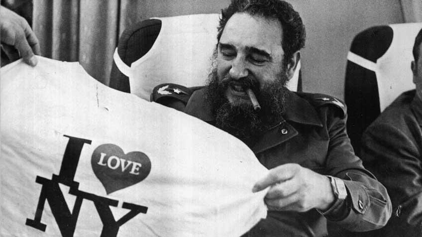 Fidel en el avión, de regreso a Cuba. 1979.