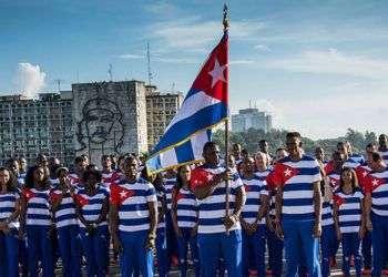 La delegación de Cuba, integrada por 120 deportistas, antes de partir a Río. Foto: Marcelino Vázquez Hernández / ACN.