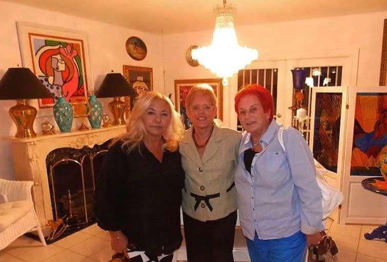 La autora con las Diego en Miami.