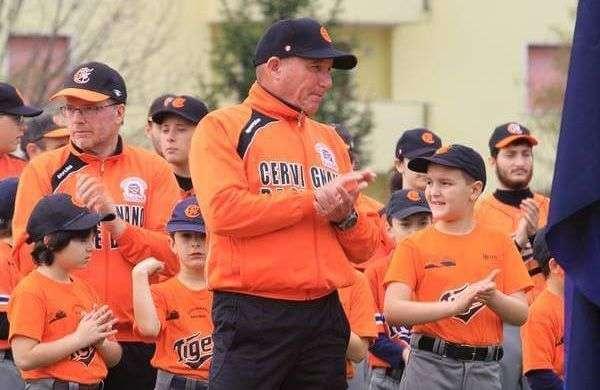 Guerra lleva nueve meses en Italia, en un club llamado Cervignano Baseball, en Udine. Foto: Noel Guerra en Facebook.