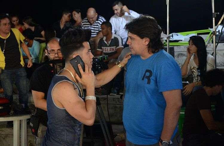 Manuel Ortega junto a Ángel, líder del grupo Ángeles. Foto: Cortesía del entrevistado