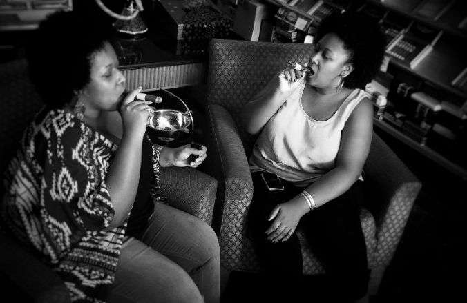 Yvette e Yvonne, atractivas emprendedoras de la industria tabacalera. Foto: Cortesía de las entrevistadas.