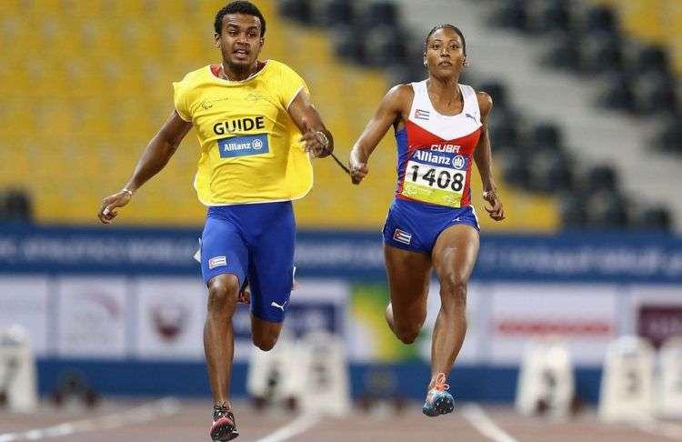 La campeona paralímpica cubana Omara Durand y su guía Yunior Kindelán. Foto: ESPN.