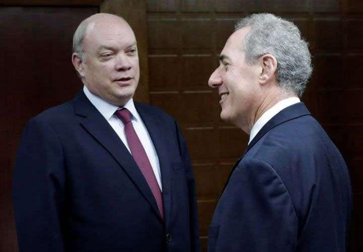 Durante su visita a Cuba Froman se reunió con el titular de Comercio Exterior e Inversión Extranjera, Rodrigo Malmierca. Foto: EFE.