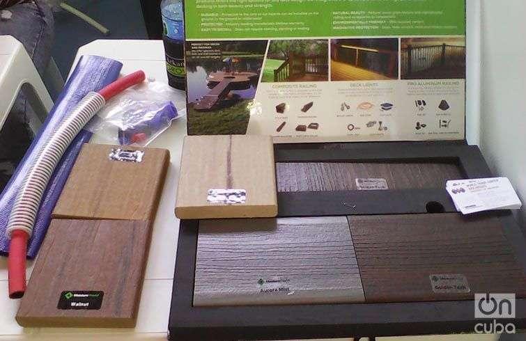 La ART de Arkansas, experta en la fabricación de un producto parecido a la madera, hecho a prueba de agua y que en el 95 por ciento de su constitución es de materiales reciclados. Foto: Yelanys Hernández Fusté.