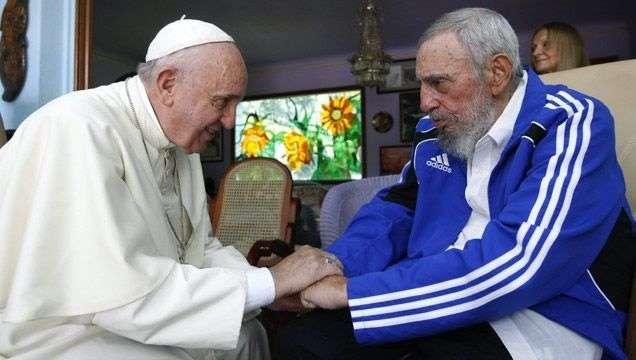 Encuentro entre el Papa Francisco y Fidel Castro en septiembre de 2015. Foto: EFE.