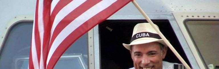 Primer vuelo regular de Estados Unidos a La Habana en más de 50 años. Foto: José A. Iglesias / el Nuevo Herald.