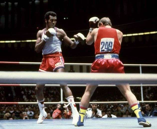 Cuban Teófilo Stevenson in his fight against Russian Pyotr Zaev during one of the 1980 Moscow Olympics boxing matches.