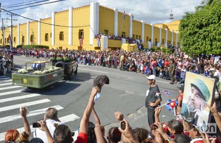 1caravana-fidel-por-santiago-de-cuba-fotos-kaloian-03-de-diciembre-de-2016-16