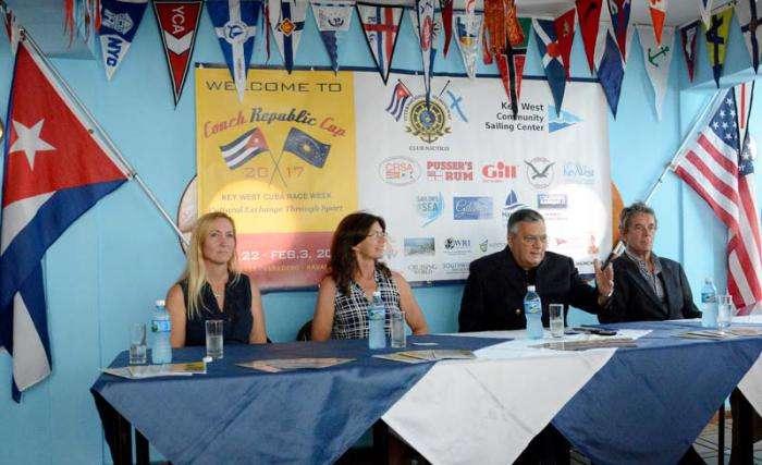 El club náutico Hemingway acogió la conferencia de prensa sobre la Regata República de la Concha. Foto: Ricardo López Hevia / Granma.