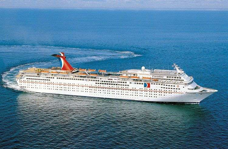 El Carnival Paradise comenzará a viajar a Cuba en junio. Foto: cruisemates.com.