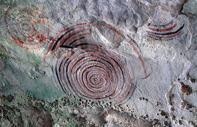 Dibujos rupestres en las cuevas de Punta del Este. Foto: isladelajuventud-cuba.com