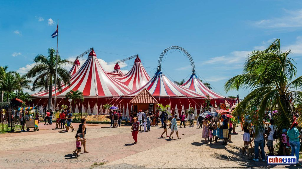 Circuba International Circus Festival 2015 in Carpa Trompoloco in Miramar, Havana, Cuba. Foto tomada de Cuba What's On.