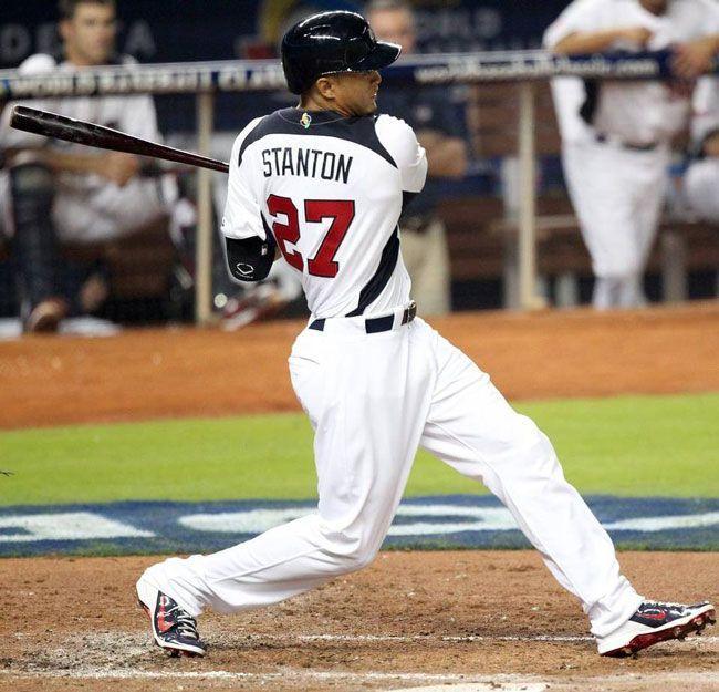 Giancarlo Stanton no ha respondido al bate como se esperaba. Foto: David Santiago / el Nuevo Herald.
