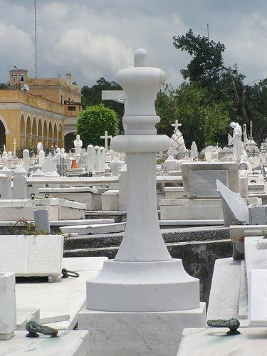 Capablanca's tomb. Photo: César O. Gómez / panoramio.com
