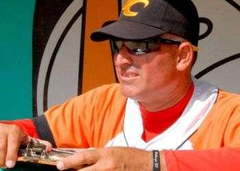 Vladimir Hernández tendrá no pocos dolores de cabeza conduciendo al equipo cubano en Rotterdan. Foto: Ramón Barreras / Vanguardia.