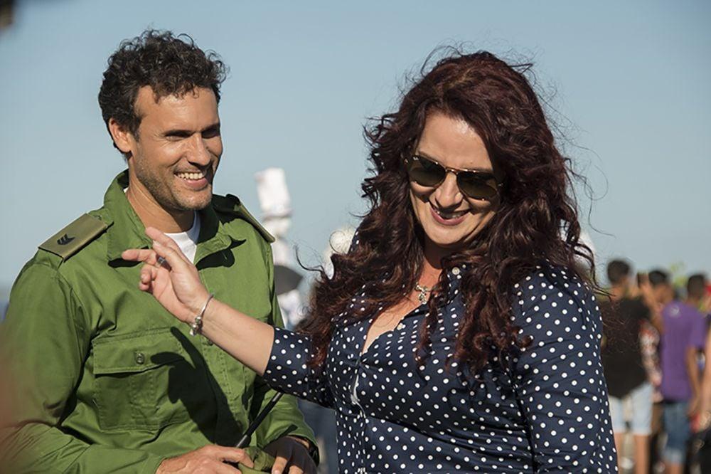 Yadier Fernández será protagonista de El regreso junto a Blanca Rosa Blanco. Foto: Léster Pérez.