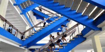 Escaleras de la Escuela Lenin.