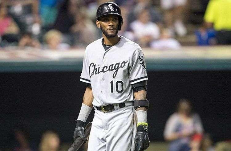 La ausencia de Alexei Ramírez en esta temporada de la MLB ha lastrado el papel de los cubanos en el robo de bases. Foto: Sports Illustrated.