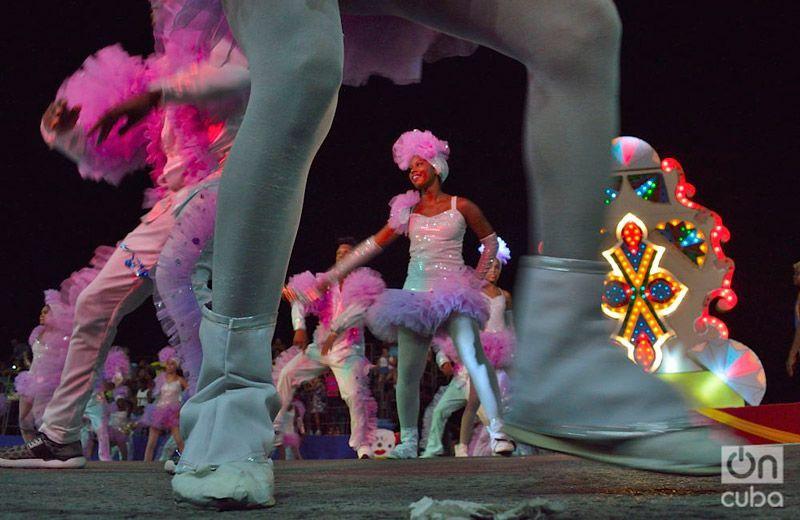 Compañía juvenil Cubaneando. Foto: Otmaro Rodríguez.