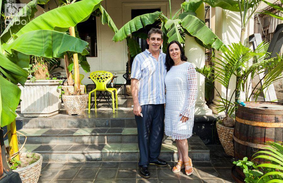 Richard Blanco y Ruth Behar vinieron al frende de un viaje cultural de CubaOne Foundation. Foto: Claudio Pelaez Sordo.