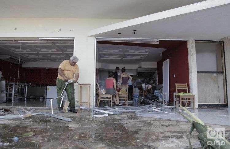 Huellas del huacán Irma en La Habana. Foto: Claudio Pelaez Sordo.