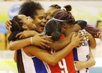 Las cubanas celebran uno de sus triunfos en el Mundial sub-23 de Eslovenia. Foto: Sitio Oficial del Torneo.
