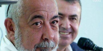 Leonardo Padura y Lorenzo Silva en la embajada de España en La Habana. Foto: Ángel Marqués Dolz.