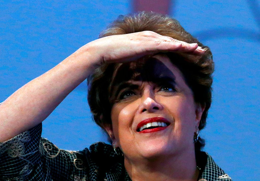 Dilma Rousseff durante una conferencia de prensa en Ciudad de México hace un año. Foto: Marco Ugarte / AP.