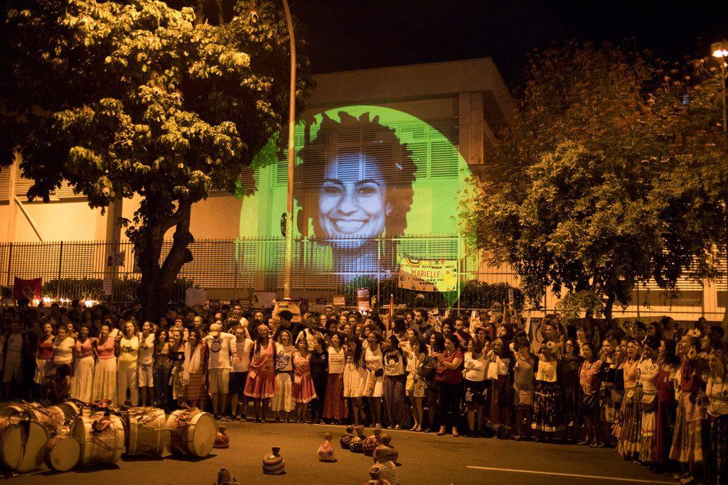 Protesta el sábado 14 de abril en Río de Janeiro, por el asesinato de la concejal local Marielle Franco y su chofer. Foto: Leo Correa / AP.