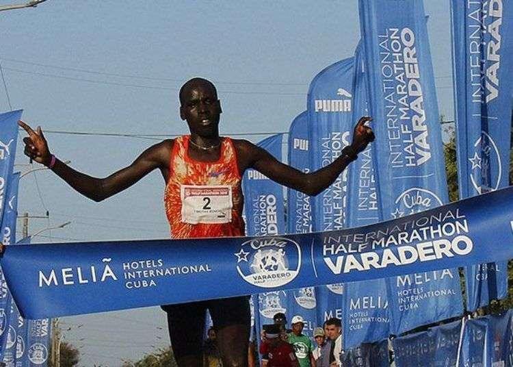 Media Maratón de Varadero. Foto: Roberto Morejón.