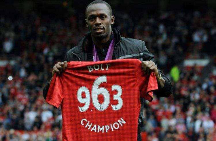 Usain Bolt es seguidor del Manchester United. Foto: Efe.