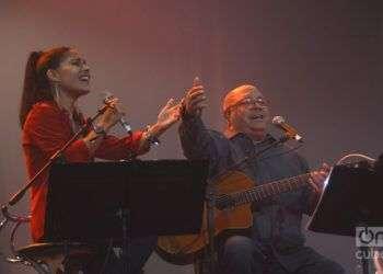 La delegación al festival Artes de Cuba, en EE.UU. incluirá a grandes embajadores de la cultura cubana, entre ellos Pablo Milanés, quien cantará junto a su hija Haydée. Foto: Roberto Ruiz.