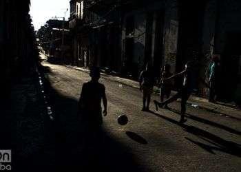 Estas escenas son comunes en las calles de La Habana. Foto: Otmaro Rodríguez.