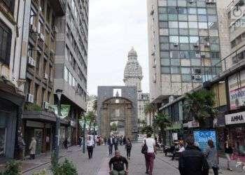 Montevideo, capital del país donde en los últimos dos años se han instalado unos 3000 cubanos. Foto: G. J. Rojas.