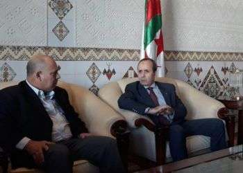 El ministro cubano de Salud, Roberto Morales Ojeda, fue recibido por Mokhtar Hazbellaoui, Ministro argelino de Salud, Población y Reforma Hospitalaria. Foto: @EmbaCuba_Argel