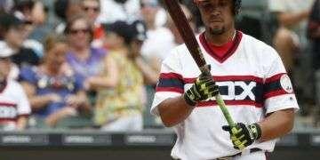 Por su actuación con los Medias Blancas de Chicago, José Dariel Abreu merece ser el primera base del All Stars histórico de Cienfuegos. Foto: chicagotribune.com.