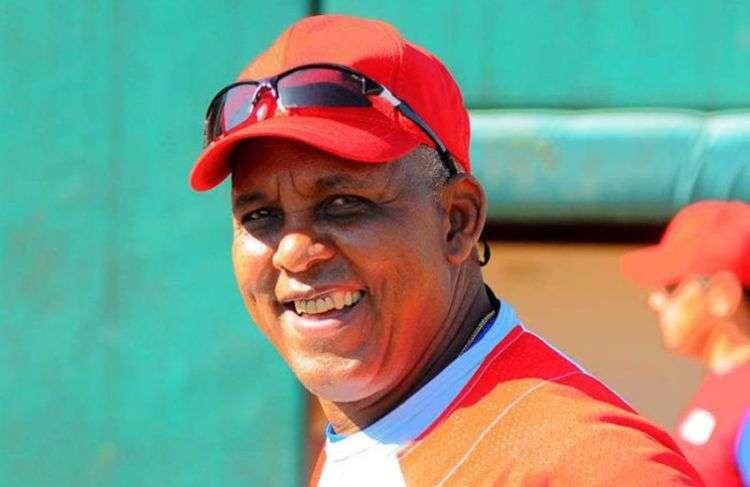 Rey Vicente Anglada retorna como manager azul. Foto: Granma.