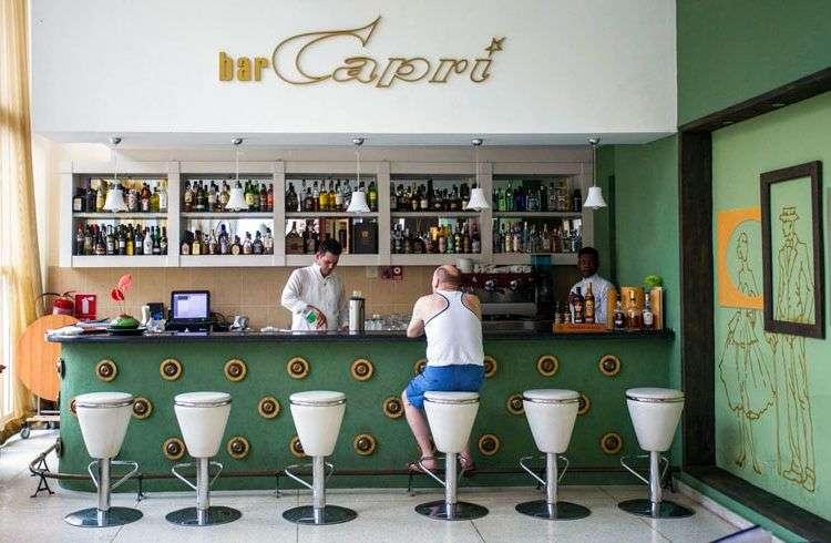Hotel Capri de La Habana, uno de los escenarios de los supuestos ataques sufridos por diplomáticos estadounidenses en Cuba. Foto: Desmond Boylan / AP.