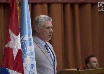 El presidente cubano, Miguel Díaz-Canel, habla en la apertura del XXXVII Período de Sesiones de la Cepal, en el Palacio de las Convenciones de La Habana. Foto: Otmaro Rodríguez.