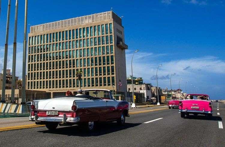 Embajada de los Estados Unidos en La Habana. Foto: Desmond Boylan / AP.