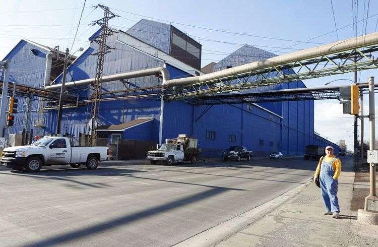 Foto de la fábrica U.S. Steel Corp. de Granite City, Illinois, en 2015. Foto: Zia Nazami / Belleville News-Democrat vía AP / Archivo.