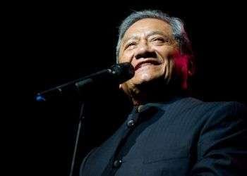 Armando Manzanero pospuso para abril sus dos conciertos en Cuba. Foto: desdeelbalcon.com.