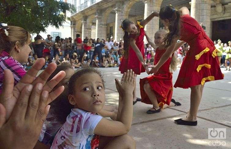 22 Festival Internacional de Danza en Paisajes Urbanos. Niños hicieron gala de su talento. Foto: Otmaro Rodríguez.
