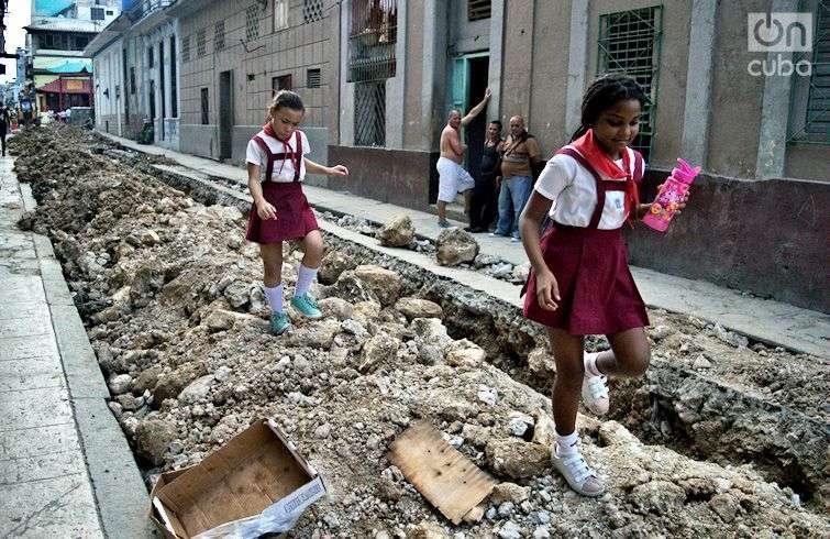 Atravesando obstáculos. Foto: Otmaro Rodríguez.