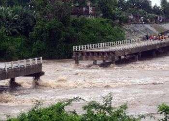 Las lluvias de la tormenta Alberto dejaron hasta el momento ocho fallecidos y considerables daños materiales en CUba. Foto: Oscar Alfonso / EFE.